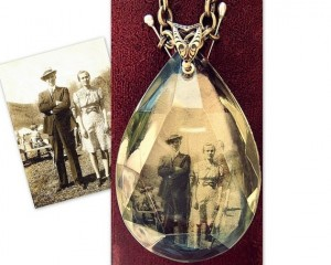 pendant_family_photo