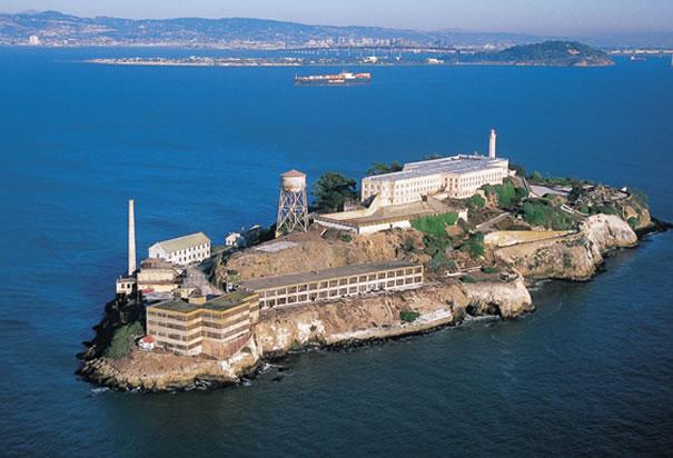 https://www.familytree.com/wp-content/uploads/2014/04/alcatraz.jpg