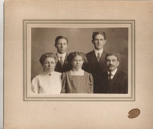 PIC--GOBEL, John, Emma, Reba, Ralph, Howard