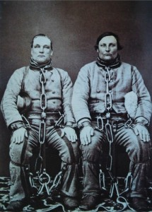 Australia -Convicts-in-chains-1860