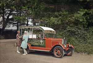 1928-ladies-wagon