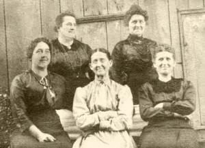 sisters-1918~Groff-Sisters