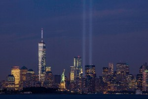 911 September_11th_Tribute_in_Light_from_Bayonne,_New_Jersey