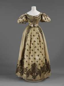 weddings--dress 1820s