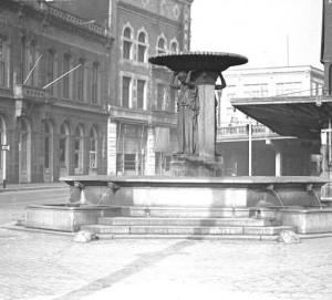 links-fountain