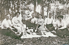 What Your Ancestors Picnics Were Like  Find more genealogy blogs at FamilyTree.com