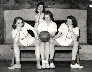 school-girls basketball-1942