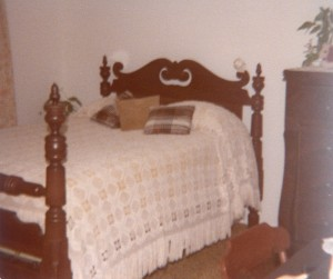 heirlooms-antiquebed