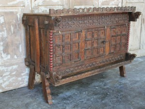terms-dowry-chest