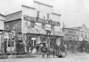 Trump-arctic-hotel-white horse