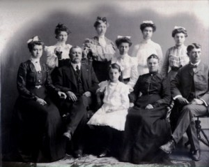 ideas-spice-family-in-1890