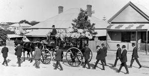 funeral-pallbears