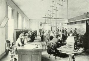 phone-operators-1880s