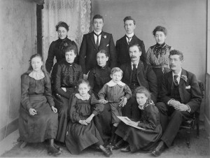 stories-nealfamily1902