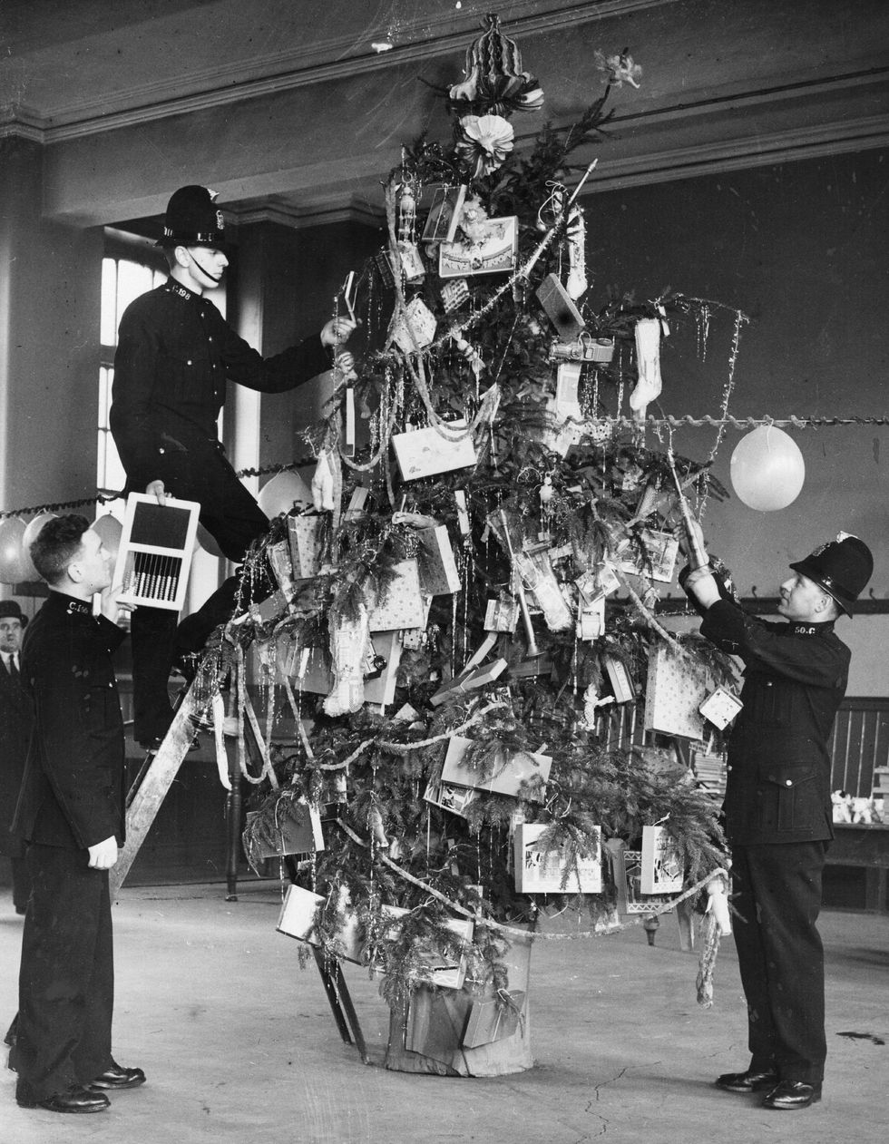 New Years Traditions | FamilyTree.com
